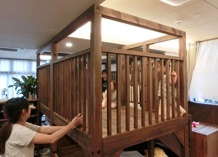 室内木製遊具