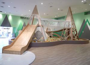 木製滑り台